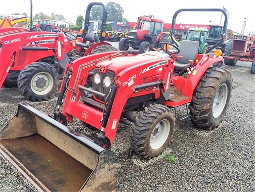 Tractor For Sale: 2012 Massey [...]