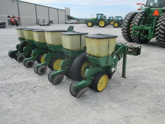 John Deere 7100 Planter For Sale