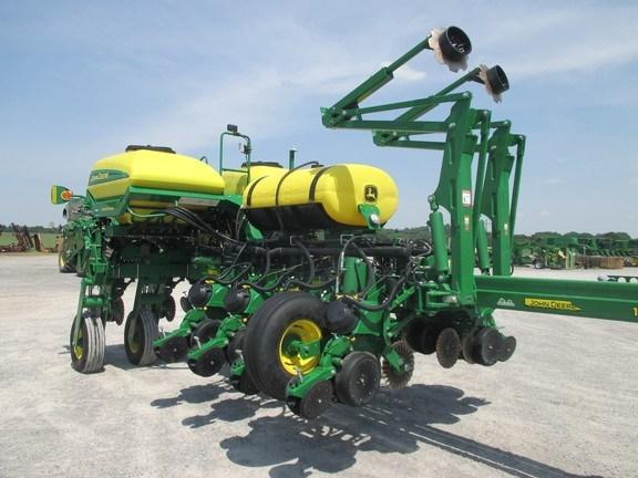2016 John Deere 1775NT Planter For Sale