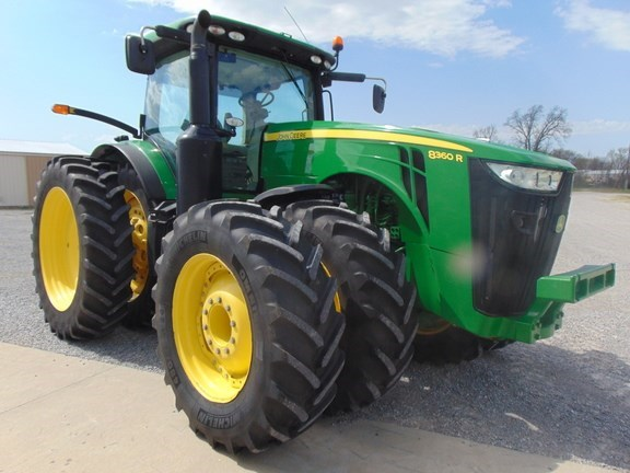 2014 John Deere 8360R Tractor For Sale