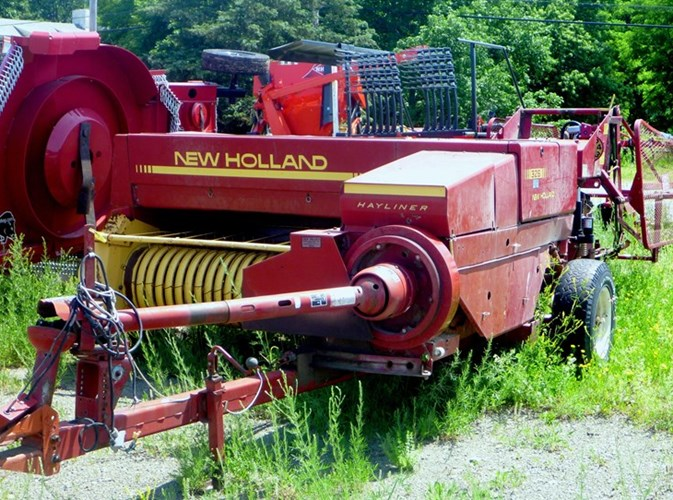 1987 New Holland 326 Baler-Square For Sale