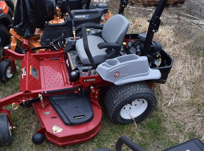 2013 Exmark LZE740KC6 Riding Mower For Sale
