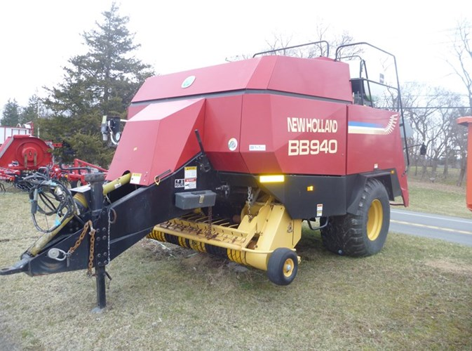 2000 New Holland BB940 Baler-Square For Sale