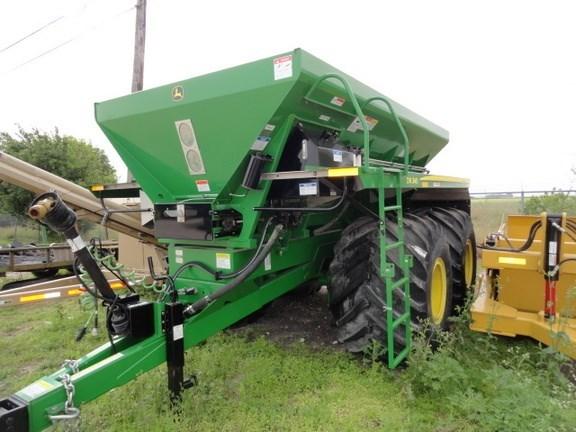 2014 John Deere DN345 Dry Fertilizer-Transport Auger Trailer For Sale