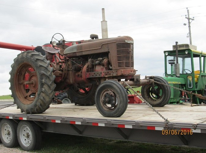 IH M Tractor For Sale