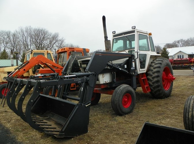 1976 Case 1370 Tractor For Sale