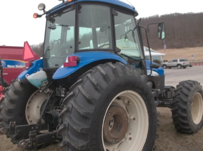 2010 New Holland TD5050 Tractor For Sale