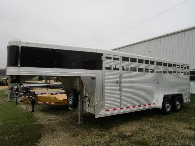 2018 Custom Classic Trailers 20' GN Stock Trailer For Sale