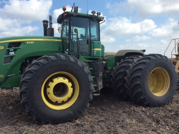 2011 John Deere 9430 Tractor For Sale