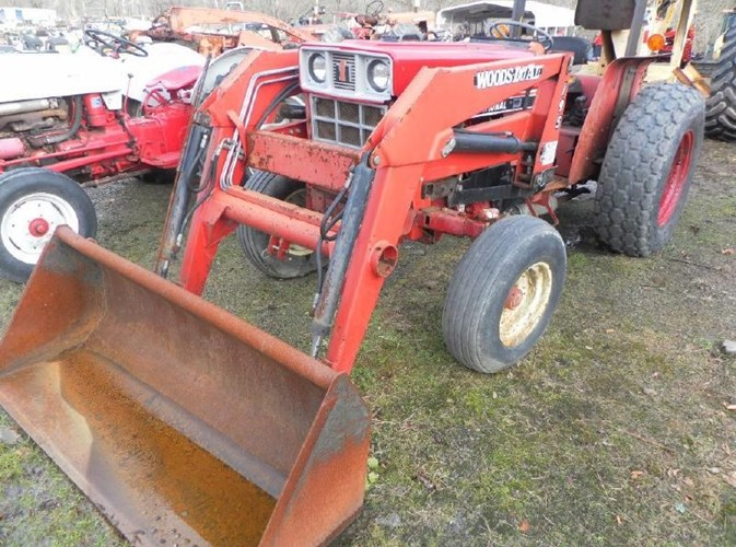 Case IH 385 Tractor For Sale