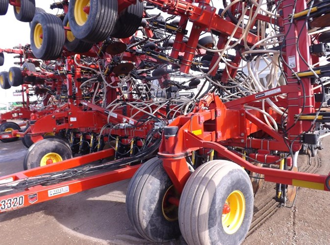 2012 Bourgault 3320 & 6700 Air Drill For Sale