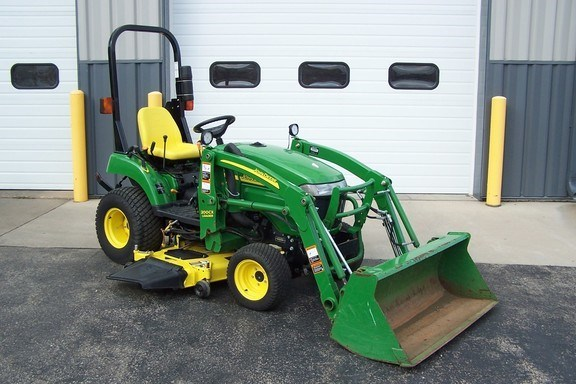 2009 John Deere 2305 Tractor For Sale