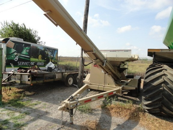 2014 Unverferth 400 Seed Tender For Sale