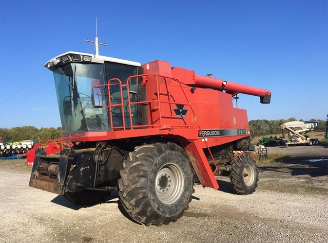 1998 Massey Ferguson 8780 Combine For Sale