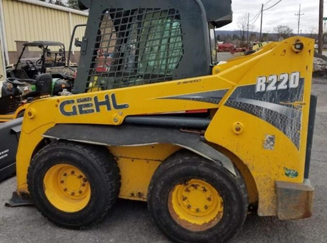 2012 Gehl R220 Skid Steer For Sale
