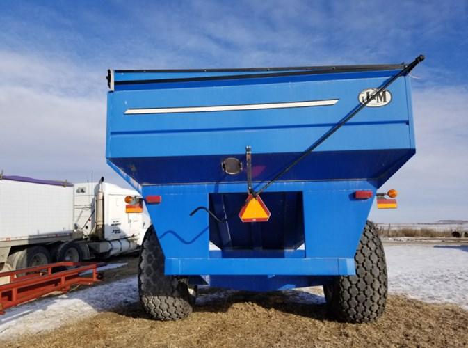 J & M 875 Grain Cart For Sale