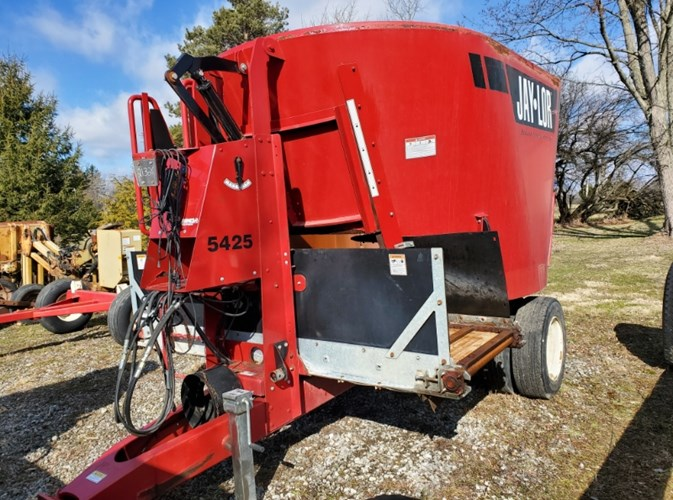 2014 Jaylor 5425 TMR Mixer For Sale