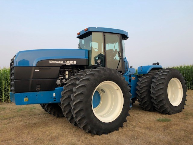 New Holland 9682 Tractor - 4WD For Sale