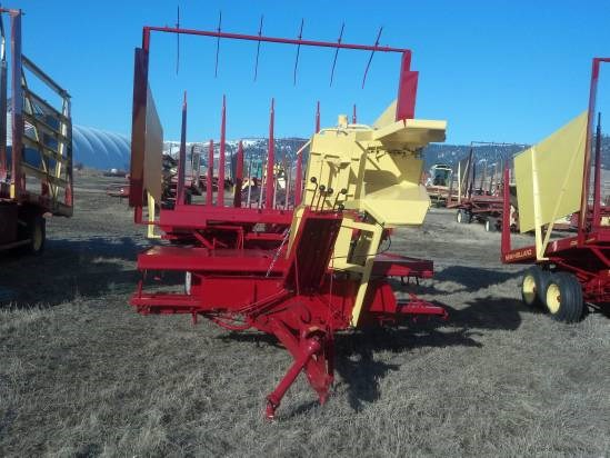 New Holland 1033 Bale Wagon-Pull Type For Sale