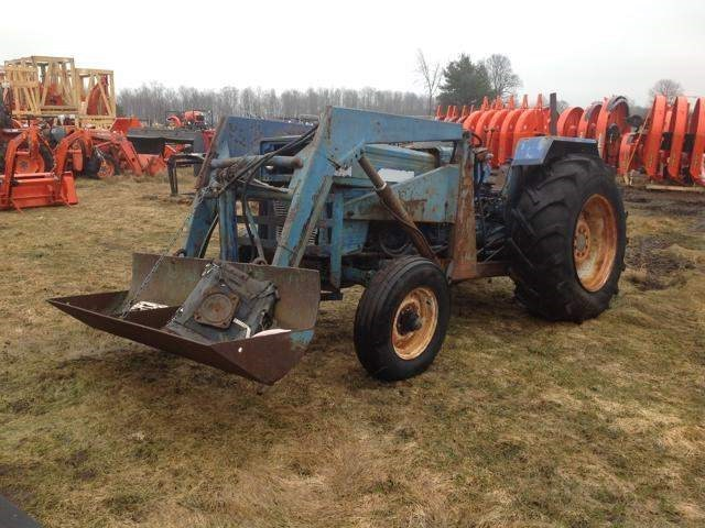 Long 560 Tractor For Sale