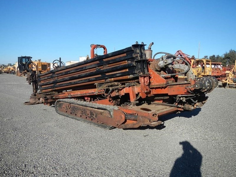 2000 Ditch Witch JT4020 Image 2