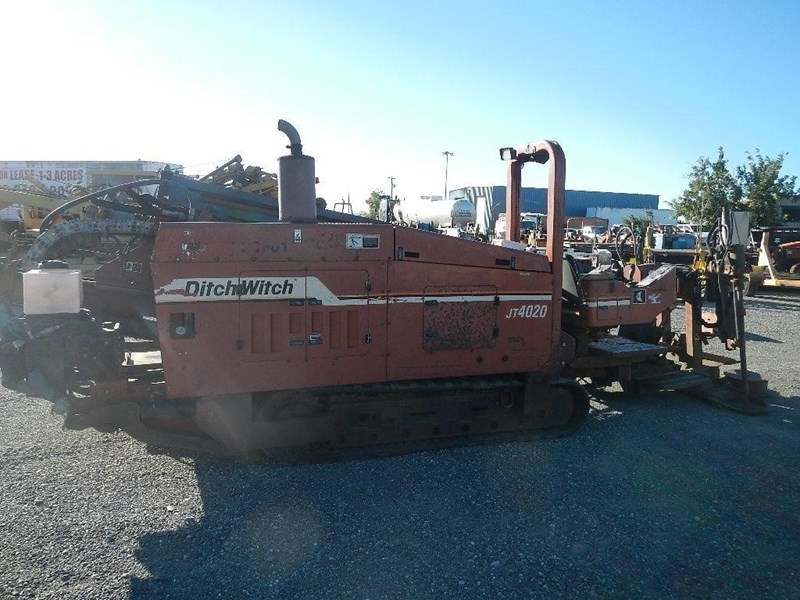 2000 Ditch Witch JT4020 Image 4