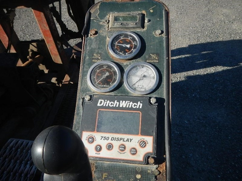 2000 Ditch Witch JT4020 Image 5
