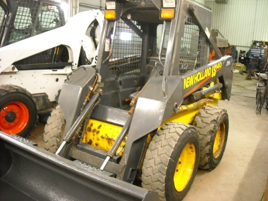 2004 New Holland LS140 Skid Steer For Sale