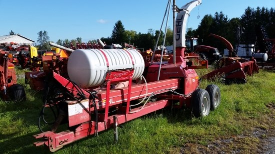 2004 Gehl 1285 Forage Harvester-Pull Type For Sale