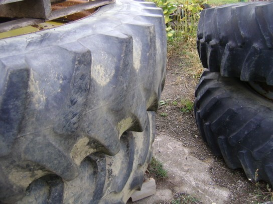 John Deere JD480R46 Wheels and Tires For Sale