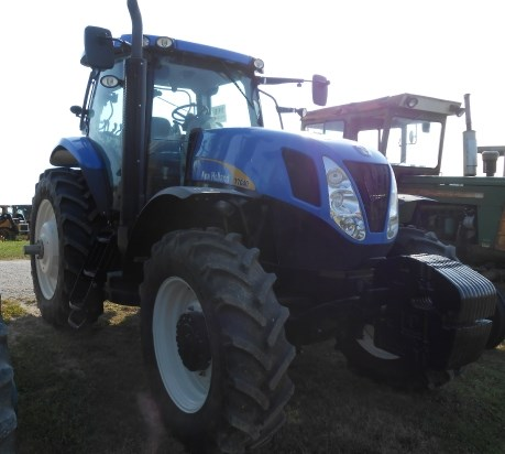 2011 New Holland T7040 Tractor For Sale
