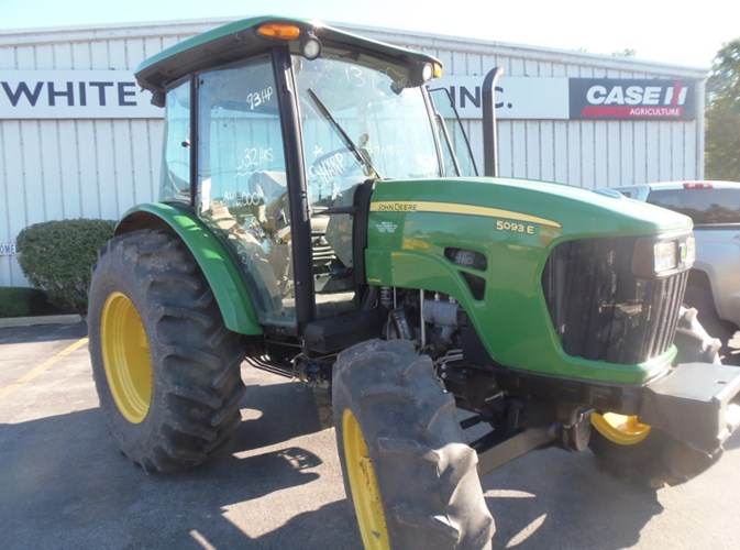 2013 John Deere 5093E Tractor For Sale