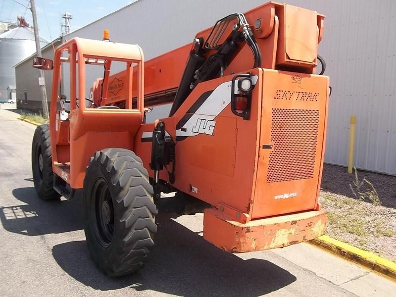 2006 Sky Trak 8042 Image 3