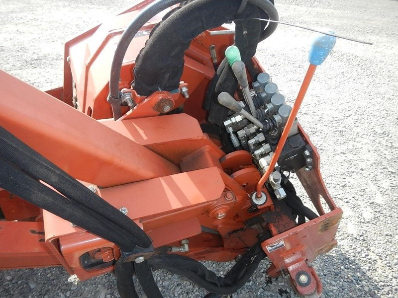 2011 Ditch Witch H853 Image 4
