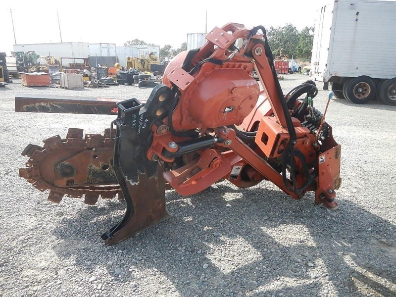 2011 Ditch Witch H853 Image 6