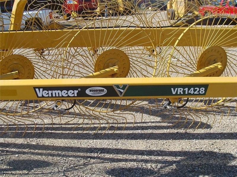 2021 Vermeer VR1428 Image 3