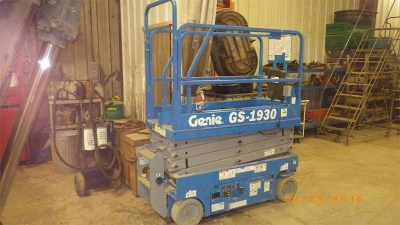 2013 Genie GS1930 Image 1