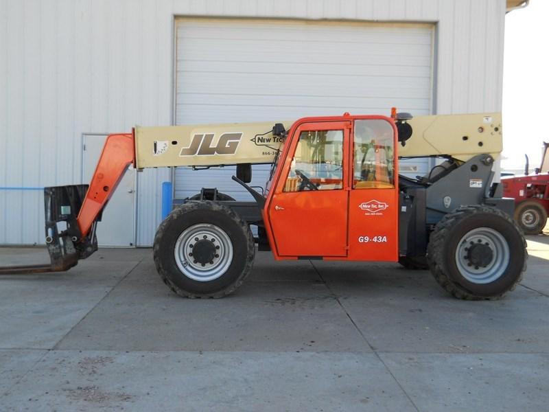 2007 JLG G9-43A Image 1