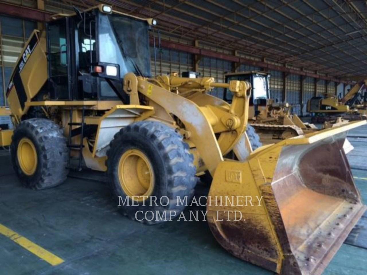 2001 Caterpillar 938G Image 6