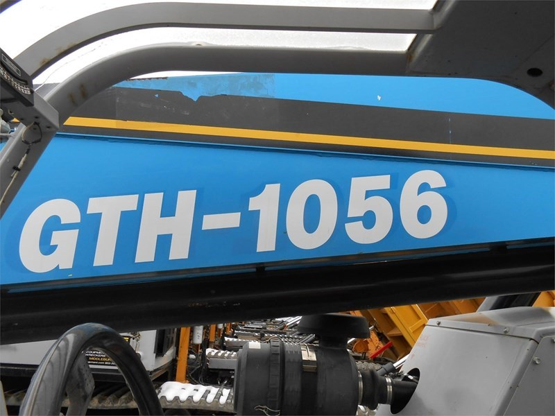 2007 Genie GTH1056 Image 4