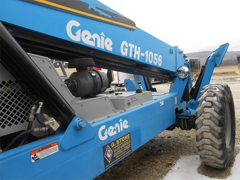 2007 Genie GTH1056 Image 9