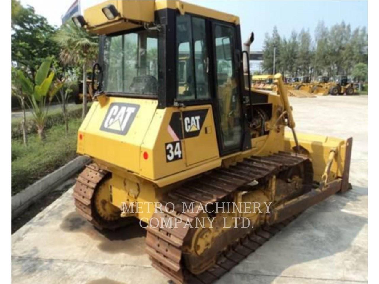 2011 Caterpillar D6G Image 1