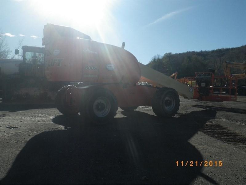 2007 JLG 600S Image 3