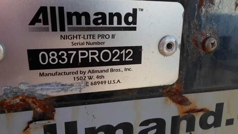 2012 Allmand  NIGHT-LITE PRO II Image 2