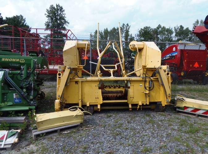New Holland RI600 Header-Row Crop For Sale