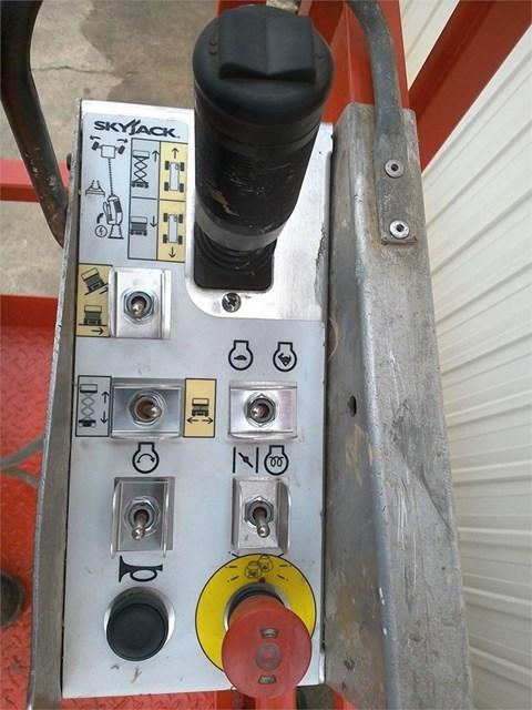 2006 Skyjack SJ6826RT Image 4