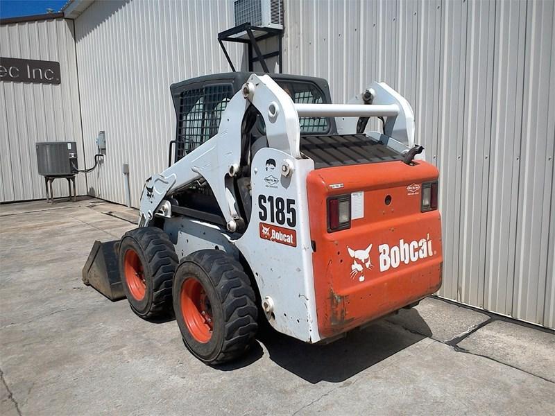 2011 Bobcat S185 Image 3