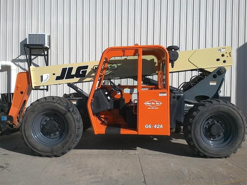 2007 JLG G6-42A Image 1