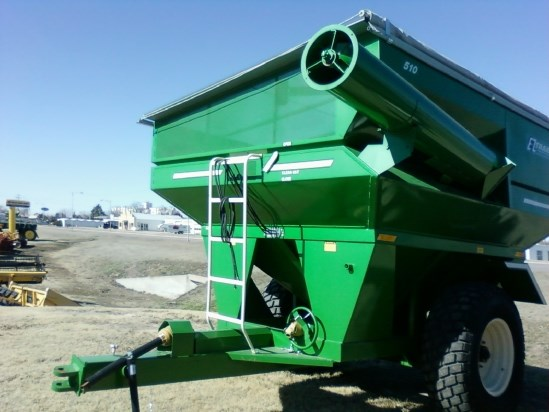 2010 E-Z Trail 510 Grain Cart For Sale