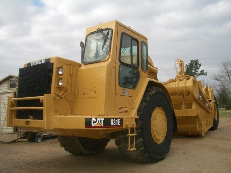 1991 Caterpillar 631E Image 2